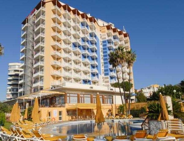 Oferta Viaje Hotel Hotel Torreblanca + Entradas General Selwo Marina Delfinarium Benalmádena