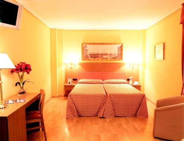 Oferta Viaje Hotel Escapada Vime Corregidor + Entradas Isla Mágica + Aqua Mágica 1 día