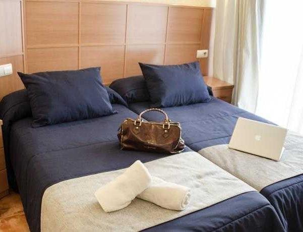 Oferta Viaje Hotel Escapada Hotel Leonardo Da Vinci + Entradas Isla Mágica + Aqua Mágica 1 día