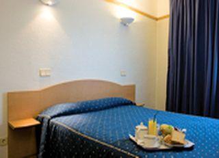 Oferta Viaje Hotel Vip Executive Suites Eden + Visita guiada a pie por Lisboa