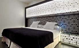 Oferta Viaje Hotel Escapada Vincci Vía sesenta y seis + Entradas Parque de Atracciones