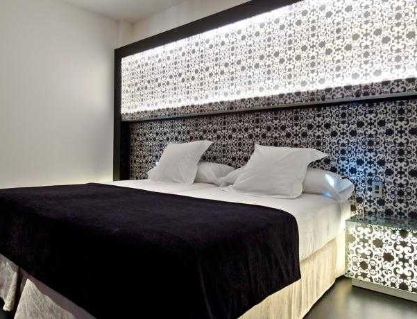 Oferta Viaje Hotel Escapada Vincci Vía sesenta y seis + Entradas 1 día Zoo la capital española
