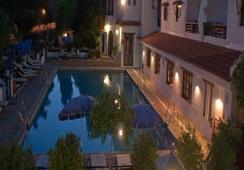 Oferta Viaje Hotel Hotel Alcadima ***