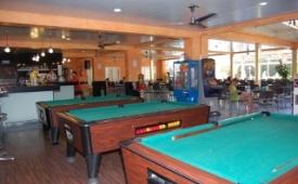 Oferta Viaje Hotel Escapada VillaMarina Club + Entradas Circo del Sol Amaluna - Nivel 1