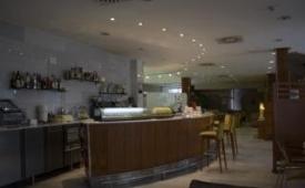 Oferta Viaje Hotel Escapada Alaquas + Entradas 1 día Bioparc