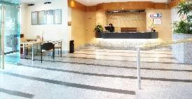 Oferta Viaje Hotel Parquesur + Entradas 2 días consecutivos Warner con 1 día Warner Beach