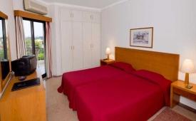 Oferta Viaje Hotel Vila Petra + Entradas Aquashow Park