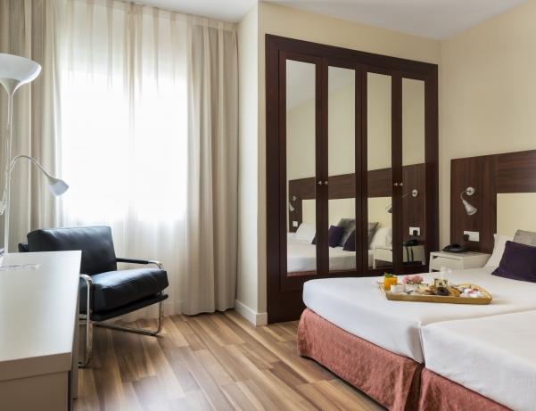 Oferta Viaje Hotel Hotel Arenas Atiram Hotels en Barcelona