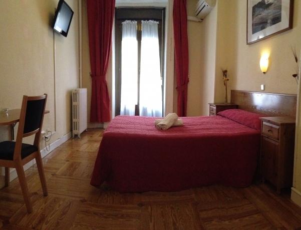Oferta Viaje Hotel Hotel Aresol Hostal en Madrid