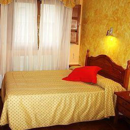 Oferta Viaje Hotel Hotel San Juan Hostal en Avila