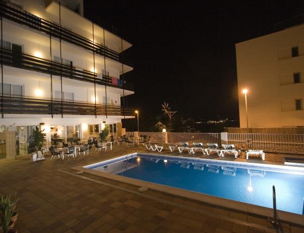 Oferta Viaje Hotel Hotel Es Mitjorn en Sant Antoni de Portmany