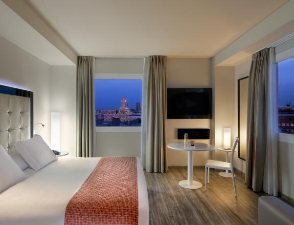 Oferta Viaje Hotel Hotel NH Suecia en Madrid