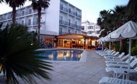 Oferta Viaje Hotel Hotel Hostal Mar y Huerta en Santa Eulalia del Río