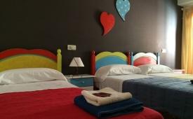 Oferta Viaje Hotel Hotel Colours Ibiza - Hostel en Eivissa