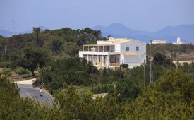 Oferta Viaje Hotel Hotel Formentera Mar Sa Revista en Sant Francesc de Formentera