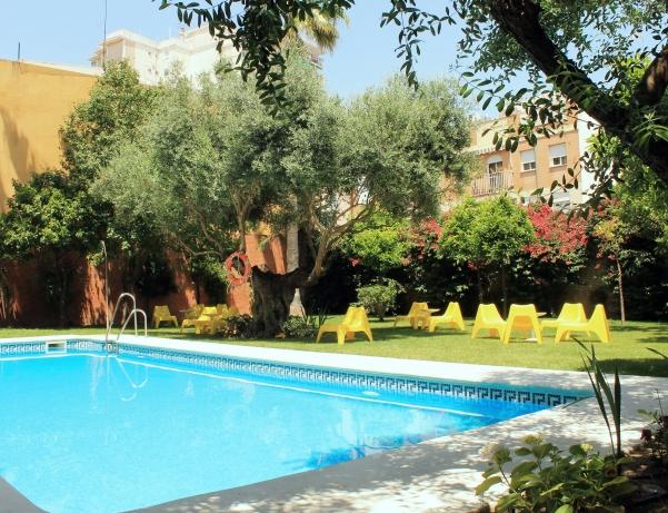 Oferta Viaje Hotel Hotel AACR Monteolivos en Sevilla