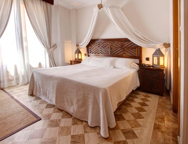 Oferta Viaje Hotel Hotel Reina Mora Boutique en Granada