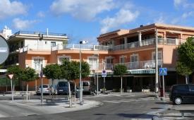 Oferta Viaje Hotel Hotel Hostal Jakiton en Palmanova
