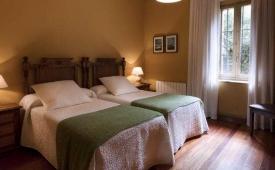 Oferta Viaje Hotel Escapada Arcea Hotel Villa Miramar + Descenso del sella