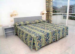 Oferta Viaje Hotel Escapada A Ponderosa + Entradas Papagayo Parque 1día y Siam Park 1 día