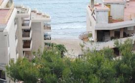 Oferta Viaje Hotel Escapada Albatros Pisos + Entradas Circo del Sol Amaluna - Nivel 1