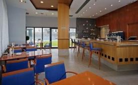 Oferta Viaje Hotel Escapada TRYP Valencia Oceanic Hotel + Entradas 1 día Bioparc