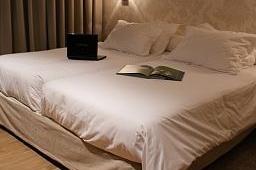 Oferta Viaje Hotel Hotel Apartosuites Jardines de Sabatini en Madrid